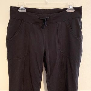 Lucy bootcut yoga pants with pockets medium
